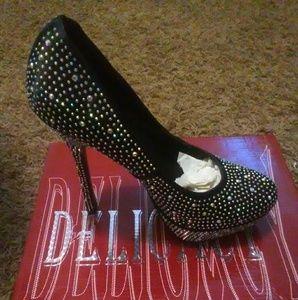 Black embelished Pump. Glamorous!. 2 inch heel